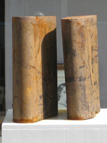 Eisenplastik 'Plateau Schuhe' Rolf Laven 2007