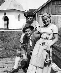 Rosa Albach-Retty, Wolf Albach-Retty, Magda Schneider