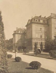 Allgemeines Krankenhaus (3)