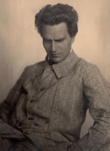 Der Bildhauer Gustinus Ambrosi (1)