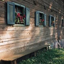 Holzbauernhaus