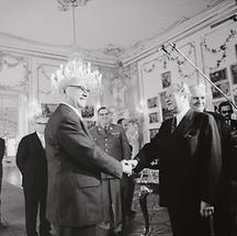 Bundeskanzler Kreisky bei der Angelobung durch Bundespräsident Jonas