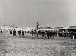 Eindecker-Flugzeug