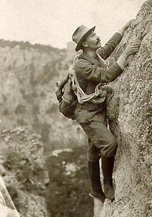 Bergsteiger auf einer Felswand