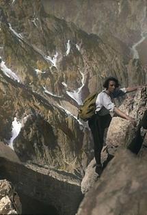 Bergsteigerin im Ennstal