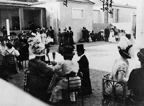 Hof der Kunstschau Wien 1908