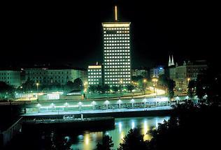 Der Ringturm am Donaukanal in Wien