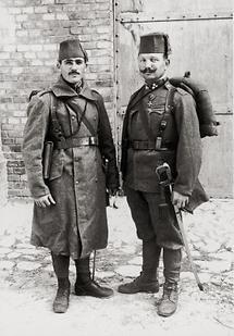 Zwei Bosniaken