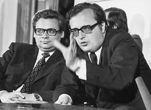 Josef Taus und Erhard Busek bei einer Pressekonferenz