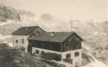 Simonyhütte am Hallstätter Gletscher
