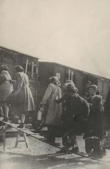 Deportation von jüdischen Frauen und Kindern
