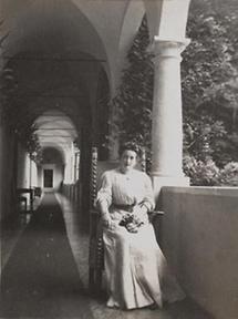 Besitzerin von Schloss Waldstein