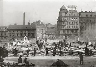 Der Bau der Marienbrücke