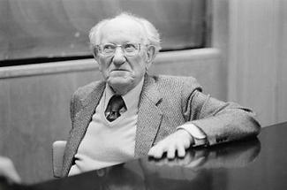 Ernest Dichter (2)
