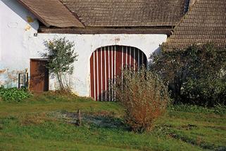 Hofeinfahrt eines Bauernhofs