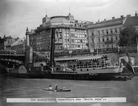 Historische Donaufahrt der Maria Anna