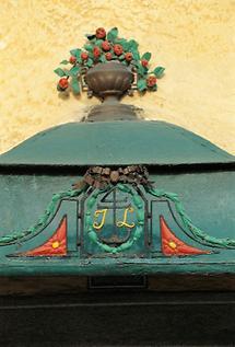 Hauszeichen am Anwesen von Ludwig Gütl