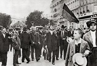 Kriegsbegeisterte 1914
