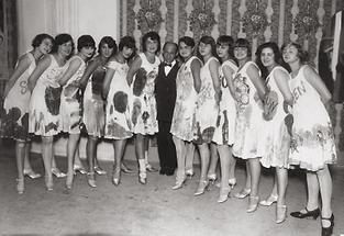 Fritz Grünbaum und Revuegirls