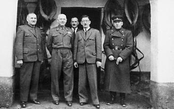 Leopold Figl mit Besatzungssoldaten