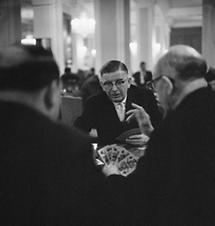 Leopold Figl beim Kartenspiel auf der ÖVP-Tagung 1962