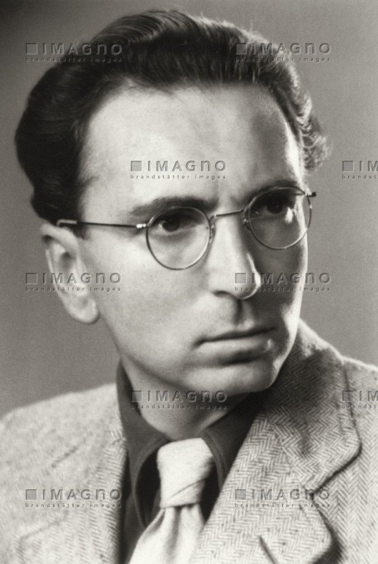 viktor frankl Man's search for meaning: viktor frankl's psychotherapy | hemphill 61 man's responsibility to actualize it is goal makes logotherapy less retrospective.