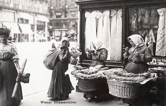 Spargelverkäuferinnen