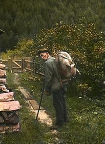 Träger mit erlegter Gemse