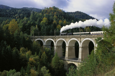 Semmeringbahn: Historische Dampflokomotive, © IMAGNO/Alliance for Nature