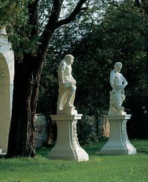 Skulpturen im Schlosspark Grafenegg