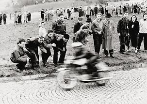 Motorradrennen auf der Höhenstrasse