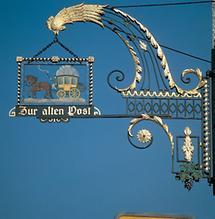 Hauszeichen in Hallein (1)