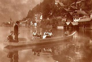 Bootsfahrt am Hallstädtersee