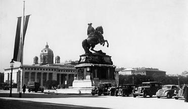 Heldenplatz mit dem Prinz Eugen Denkmal