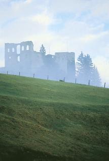 Burgruine Finkenstein nahe dem Faakersee, Kärnten