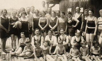 Badegäste in Velden