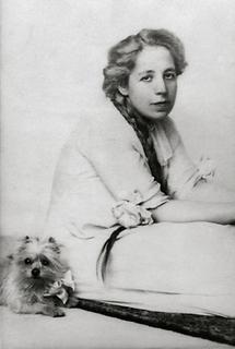 Portrait Dora Kallmus (2)