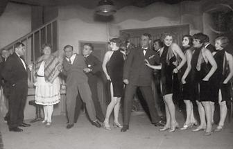 Marlene Dietrich in Broadway (1)