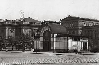 Stadtbahn-Station von Otto Wagner in Wien I.