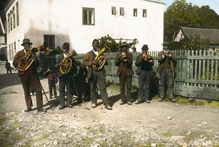 Dorfmusikanten beim Kirtag
