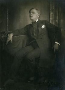 Karl Aagaard Oestvig (2)