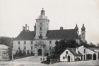Lambach: Klosterplatz und Benediktinerstift