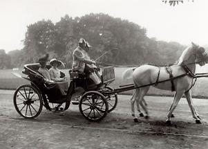 Kaiserin Zita und Kaiserin Auguste Viktoria