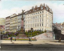 Die Mölkerbastei mit dem Liebenberg-Denkmal