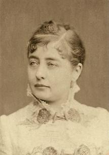 Portrait Pauline Lucca (1)