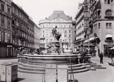 Der Donnerbrunnen am Neuen Markt in Wien, © IMAGNO/Austrian Archives