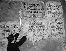 "Erschließung der Jesuitengräber ""Am Hof"""