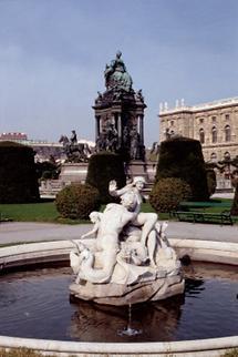 Maria Theresia (2)