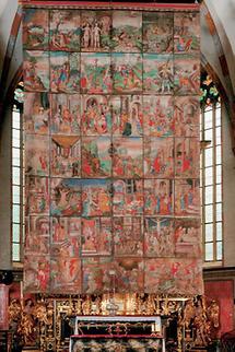 Hochaltar der Stiftskirche mit Fastentuch