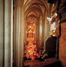 Langhaus der Stiftskirche